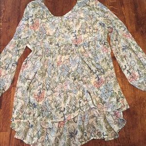 Floral spring/summer maternity blouse